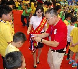 第八届湖南省青少年机器人竞赛领导颁奖