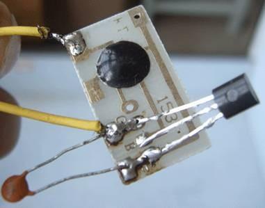 三极管与电容焊接图图片